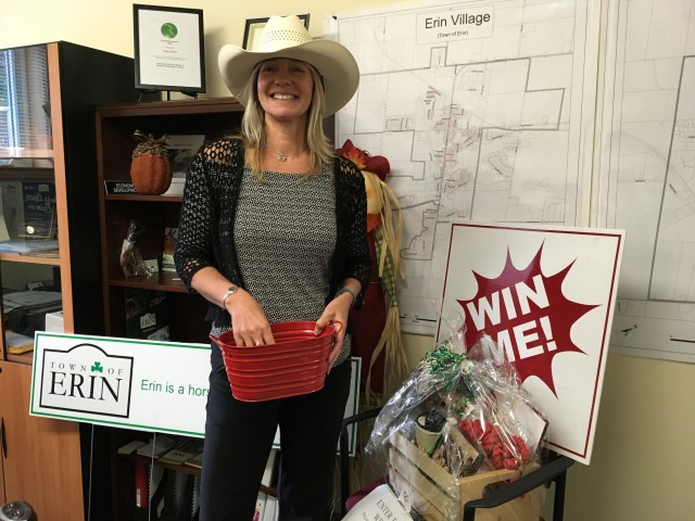 Equine Erin at Erin District High School - Picking a winner of the draw